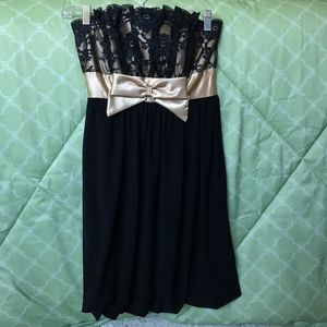Jessica McClintock Dresses - Black and Gold Strapless Dress with Lace